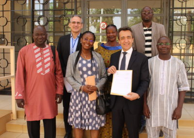 Communities and Civil Society representatives with the Ambassador of France